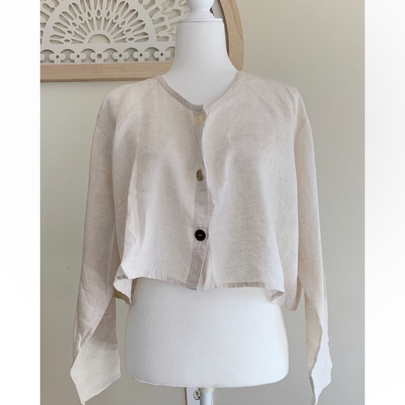 New Flax Linen Cropped Blouse Button Size Small